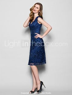 Lanting Bride® Sheath / Column Plus Size / Petite Mother of the Bride Dress Knee-length Sleeveless Lace with 2017 - $89.99