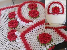 Jogo de banheiro Lindíssimo vermelho com branco  Tapete grande aproximada , 75 x 46  Tapete pequeno 57 x 44  tampa do vaso  Seu banheiro com um toque de elegância !!!