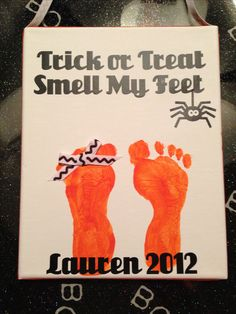Toddler footprint Halloween craft @Amber Avila We could try this with the kids :)