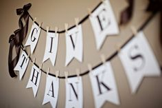 give thanks banner: free printables