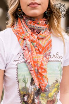 Custom cowboy wild rags, made from quality fabrics, in gorgeous colors & patterns. Country Girl Outfits, Country Fashion, Western Chic, Western Wear, Pretty Outfits, Cute Outfits, Camo Swimsuit, Matching Couple Shirts, Cowgirl Style