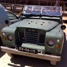 Land Rover 88 Serie III soft top under sun burnt. Not problem.