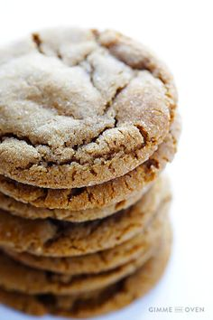Gimme Some Oven Chewy Ginger Molasses Cookies Ginger Molasses Cookies, Ginger Snap Cookies, Molasses Recipes, Köstliche Desserts, Delicious Desserts, Dessert Recipes, Delicious Cookies, Recipes Dinner, Holiday Baking