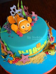 Finding Nemo birthday cake by Invikta on Cake Central - via http://bit.ly/epinner