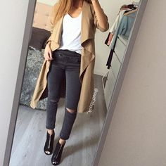 Look total outfitbook.fr Ce trench est Top  Trench-Jean-Bottines www.outfitbook.fr #Padgram
