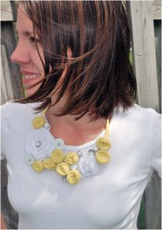 Top 10 DIY Bib Necklaces From Different Materials