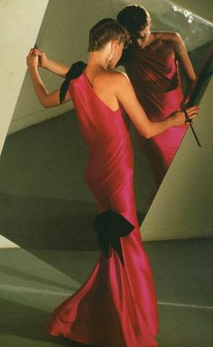 Yves Saint Laurent. Fall/Winter Haute Couture 1980s. David Seidner Photo.  Repinned by www.fashion.net