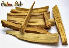 PALO SANTO - heiliges Holz der Azteken Palo Santo Essential Oil, Essential Oils, Peru, Natural Wood, Holi, Aztec, Etsy, Traditional, Saints