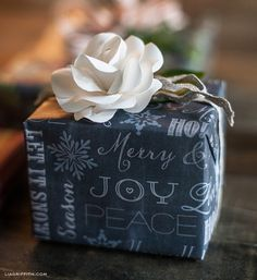 Holiday Gift Wrap: Chalkboard Christmas (free printables)