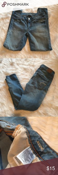 🆕 American Eagle Light Wash Jeggings SHORT American Eagle Light Wash Jeggings SHORT. Excellent used condition - no flaws! **Smoke free home. Ask questions. Bundle to save both on shipping and total price. Serious and reasonable offers only (no more than 10% of listing price). Not interested in trades ATM. Sharing is caring!** American Eagle Outfitters Jeans Skinny
