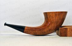 Horn-shape briar pipe