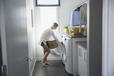 Australian cleaning guru, Shannon Lush, has shared her tricks for cutting laundry time in half. These include using vinegar and bicarb soda and adding a dry tea towel in with your wet clothes.