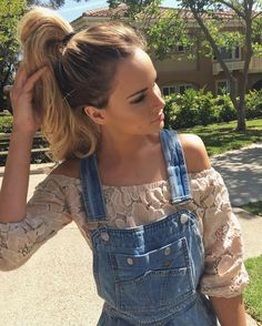 "Amanda Stanton on Instagram: ""It's an overalls & ponytail kind of day #offduty #nochella @tlroom"""