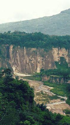 Ngarai Sianok, West Sumatera