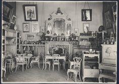 Púrpura (lila) del gabinete.  fotos de archivo.  1930.