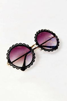 Flower Patch Round Sunglasses