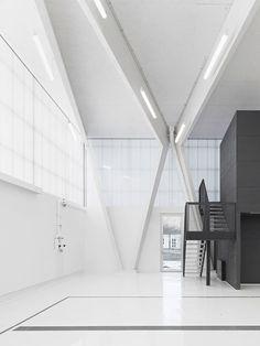 Brune Architekten, Zooey Braun · Hydro Sciences Laboratory Neubiberg · Divisare