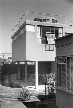 » De funcionalista a orgánico: 30 años de Juan O'Gorman Bauhaus Architecture, Contemporary Architecture, Art And Architecture, Art Deco, The Modern Prometheus, Bauhaus Style, Arch House, Small Modern Home, Concrete Structure
