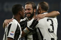 All eyes on Higuain as Juve host Napoli   Milan (AFP)  The fallout from Gonzalo Higuains move to Juventus has not settled over the bay of Naples and the Turin giants host Napoli Saturday in a Serie A sizzler that could see Roma go top.  Higuains record 36 league goals for Napoli last season gave the entire city a reason to cheer after the southerners fell out of contention late in the title race.  Then the Argentina international moved to rivals Juventus in an Italian record transfer worth…