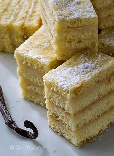 prajitura cu foi si crema de vanilie Romanian Desserts, Cornbread, Goodies, Baking, History, Cake, Ethnic Recipes, Food, Millet Bread