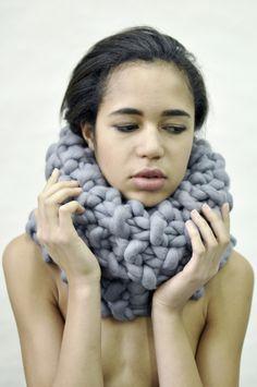 Jana Mikešová - BIg woolen scarf