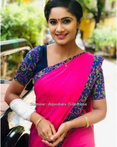 Beautiful Saree, Beautiful Indian Actress, Indian Teen, India Beauty, Auntie, Indian Actresses, Beauty Women, Desi, Gay