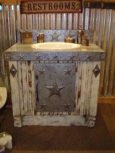 Hat Creek Interiors sells custom-made, rustic bathroom furniture that will add western style to your home. Shop our collection of quality, rustic vanities. Western Bathrooms, Primitive Bathrooms, Primitive Homes, Rustic Bathrooms, Primitive Country, Western Bathroom Decor, Barn Bathroom, Rustic Bathroom Vanities, Bathroom Sinks