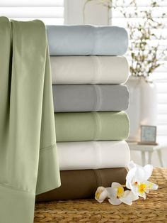 Slumber in luxury with soft, high thread count linen sheets & sheet sets. Shop Soft Surroundings' today for sheet sets that will make your dreams extra sweet! Luxury Bedding Collections, Luxury Bedding Sets, Luxury Sheets, Luxury Linens, Flat Sheets, Bed Sheets, Fitted Sheets, Shabby, Queen Sheets