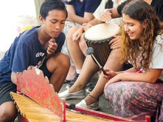 Giovana is a natural talent on the gamelan. #vpbali #music #culturalexchange #bali