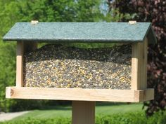 Special Offers - Backyard Boys Woodworking BBW25G 17-Inch Hopper Feeder with Green Roof - In stock & Free Shipping. You can save more money! Check It (July 26 2016 at 12:35AM) >> http://birdhouseusa.net/backyard-boys-woodworking-bbw25g-17-inch-hopper-feeder-with-green-roof/