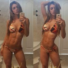 Hard Body of the Day: the selfies of Columbian...