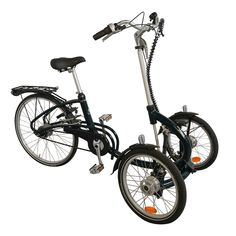 Looking for a tricycle with two wheels in front? Look quickly at the Viktoria tricycle from Van Raam: specially developed for the smaller adults. Tricycle Bike, Adult Tricycle, Trike Bicycle, Recumbent Bicycle, Scooter Bike, Reverse Trike, Three Wheel Bicycle, Velo Cargo, Bicycle Quotes