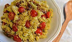 Amazing Avocado Pasta Salad Recipe :: YummyMummyClub.ca