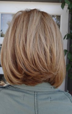 medium length hair. Love the cut @Cheryl Lynn this is what you need in the back!!
