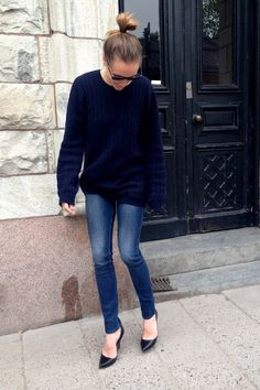 black big comfy sweater with jeans and sparkly silver flats