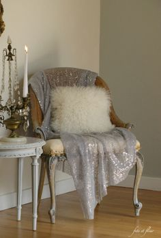 Fur Pillow with sheer, sparkly throw. I need this!
