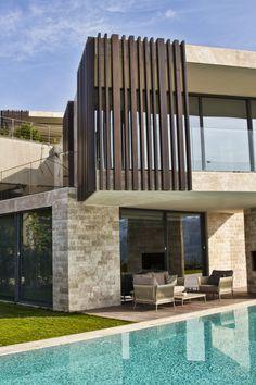 Wood Cladding Exterior, House Cladding, Wood Facade, Timber Cladding, Facade House, Architecture Building Design, Building Exterior, Facade Design, Exterior Design