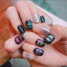 #뉴네일 ✨ #마커스루퍼네일  #츄네일 #입술네일  #nails#nailart#notd#gelnails#markuslupfer#lipnails#instanails#nailstagram#글리터네일#마커스루퍼 ✨❤️