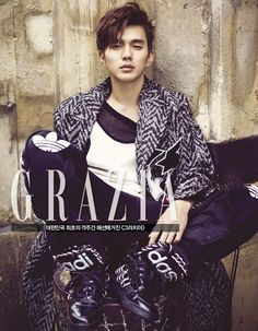 Actor Yoo Seung-ho in January 2015 issue of Grazia Magazine. He was discharged from military service (mandatory for Korean guys) last month. Photos taken in Paris. Yoo Seung Ho, So Ji Sub, Korean Celebrities, Korean Actors, Korean Dramas, Asian Actors, Kdrama, Arang And The Magistrate, Grazia Magazine
