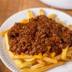 Spot on replica of spicy, meaty Tommy's Chili, a true Los Angeles Favorite! Diner Recipes, Chili Recipes, Copycat Recipes, Slow Cooker Recipes, Mexican Food Recipes, Sauce Recipes, Cooking Recipes, Tommy Burger Chili Recipe, Kitchens