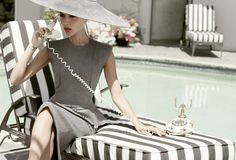 ☆ Victoria Beckham | Photography by Tom Munro | For Elle Magazine US | October 2009 ☆ #victoriabeckham #tommunro #elle #2009