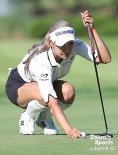 강명호ㅣ한편, 유현주는… : 네이트뉴스 Golf Now, Golf Wear, Lpga, Taylormade, Ladies Golf, Female Athletes, Asian Woman, Korean Girl, Golf Clubs