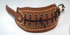 Кожаный браслет/наруч №8 – купить или заказать в интернет-магазине на Ярмарке Мастеров | Браслет в фантазийном/свободном стиле. Сделан…