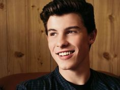How well do you know Shawn Mendes? Made this quiz myself subscribe to my profile to see all my other quiz and become a member to playbuzz no money at all!!