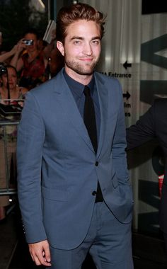 love this suit! Rob Pattinson