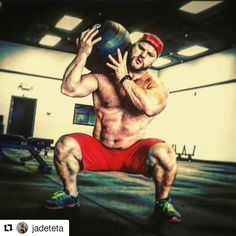 #Repost @jadeteta with @repostapp  A harsh lesson about nutrition: Let's be honest about what it takes for real body change. People are so damn confused about weight loss they actually think avoiding gluten adding butter to their coffee and making 700 calorie whole foods mega shakes in the morning is the secret.  # Then they wonder why losing weight feels like there is constant weight on their shoulders. People now believe if you eat a doughnut you are automatically going to start storing…