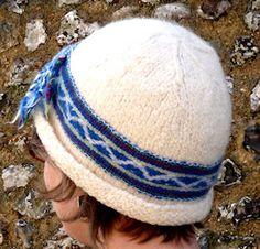 Isin Hattu - handspun, handknit hats knit in the Sami tradition