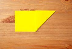 折り紙1枚でできる!立体星(3種類)&ガーランドの作り方 | 暮らしクリップ Plastic Cutting Board, Origami, Origami Paper, Origami Art