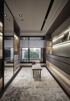 14 Walk In Closet Designs For Luxury Homes Lutz Speder Walk In Closet Design, Bedroom Closet Design, Wardrobe Design, Closet Designs, Master Bedroom, Dressing Room Closet, Dressing Room Design, Wardrobe Room, Luxury Closet