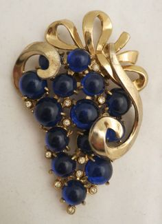 40's Coro Cobalt Blue Jelly Lucite Grape Cabochons Fur Clip Pin Brooch, $OLD